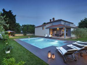 Villa 773