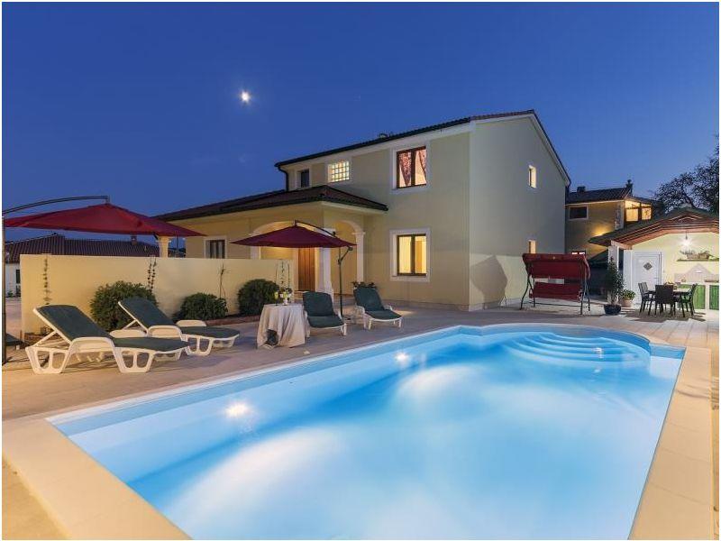 Villa 671