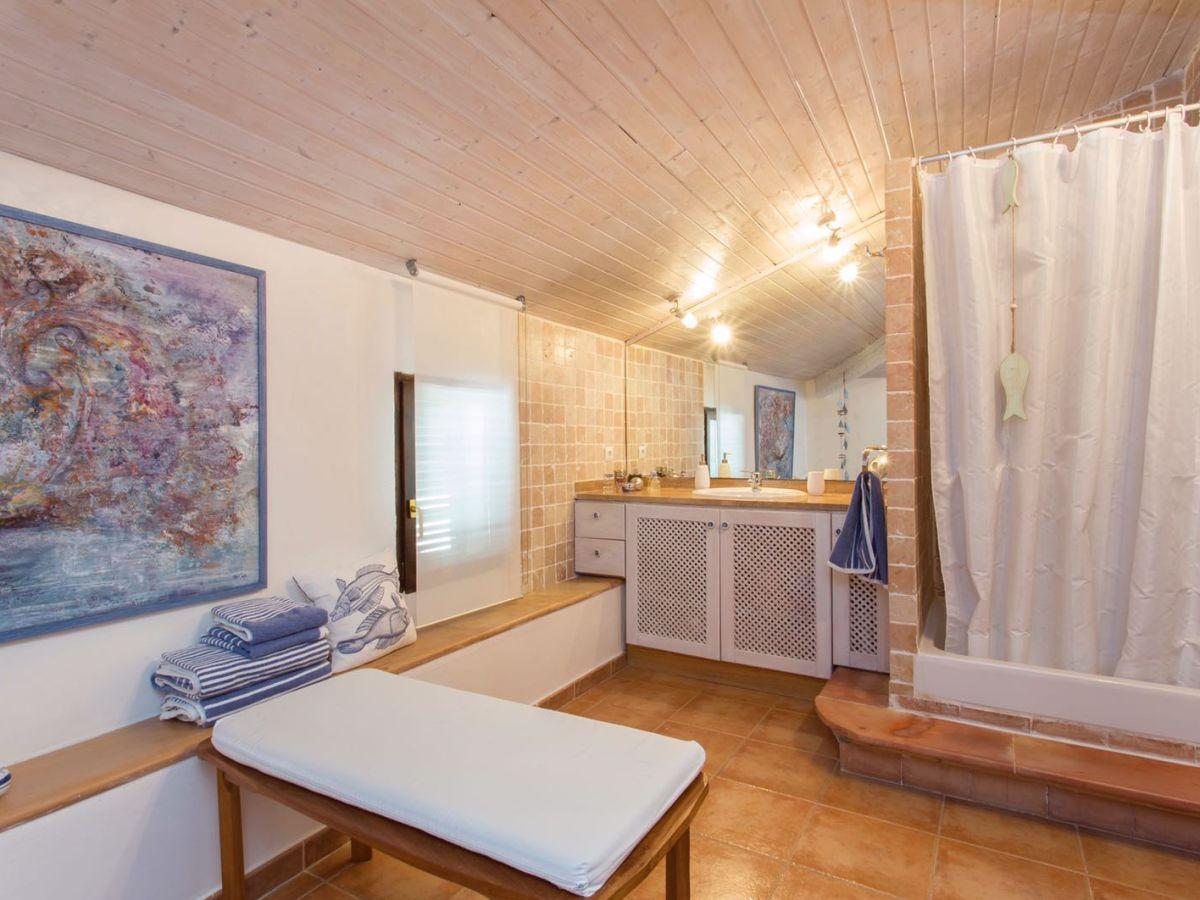 ferienwohnung stadtpalais mallorca baleares nordosten frau alexandra gander. Black Bedroom Furniture Sets. Home Design Ideas