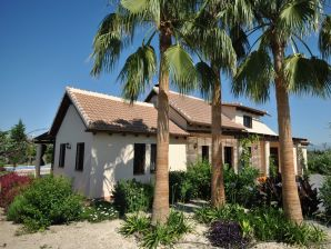 Villa Erythrina
