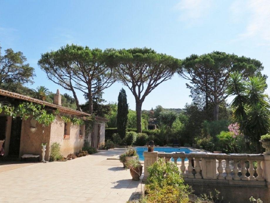 Villa h165 franz sische riviera la croix valmer firma for Garage de la riviera croix