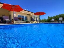 Villa Villa Galadriel with private pool - 3 km beach