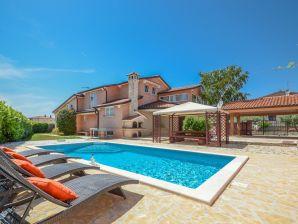 Villa Duda