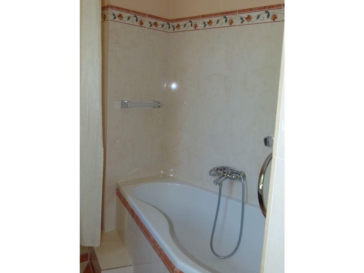 Ferienwohnung schatzinsel bodensee frau jutta wiedmann for Badewanne mit dusche
