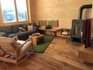 Neu gebaute Berghütte am Klippitztörl