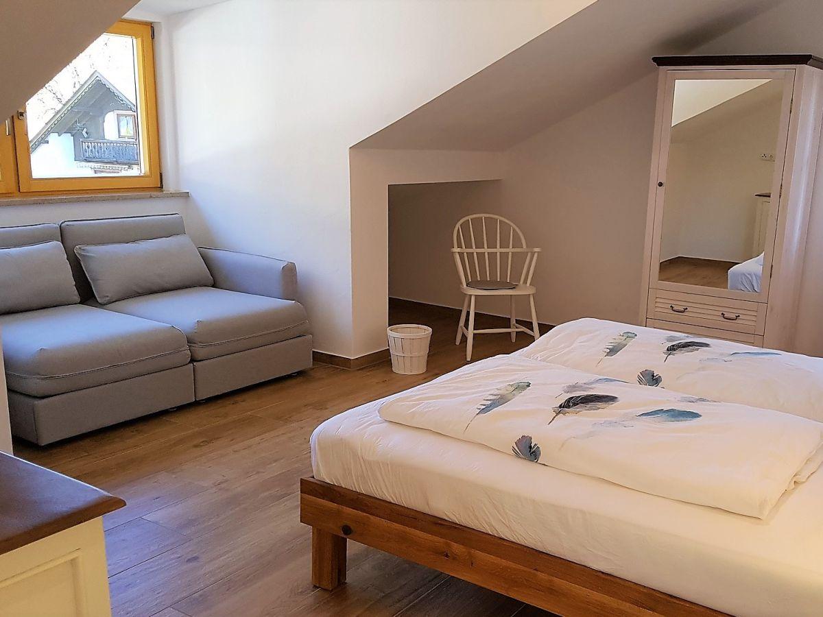 ferienwohnung attico garmisch partenkirchen oberbayern firma ferienwohnung attico frau. Black Bedroom Furniture Sets. Home Design Ideas
