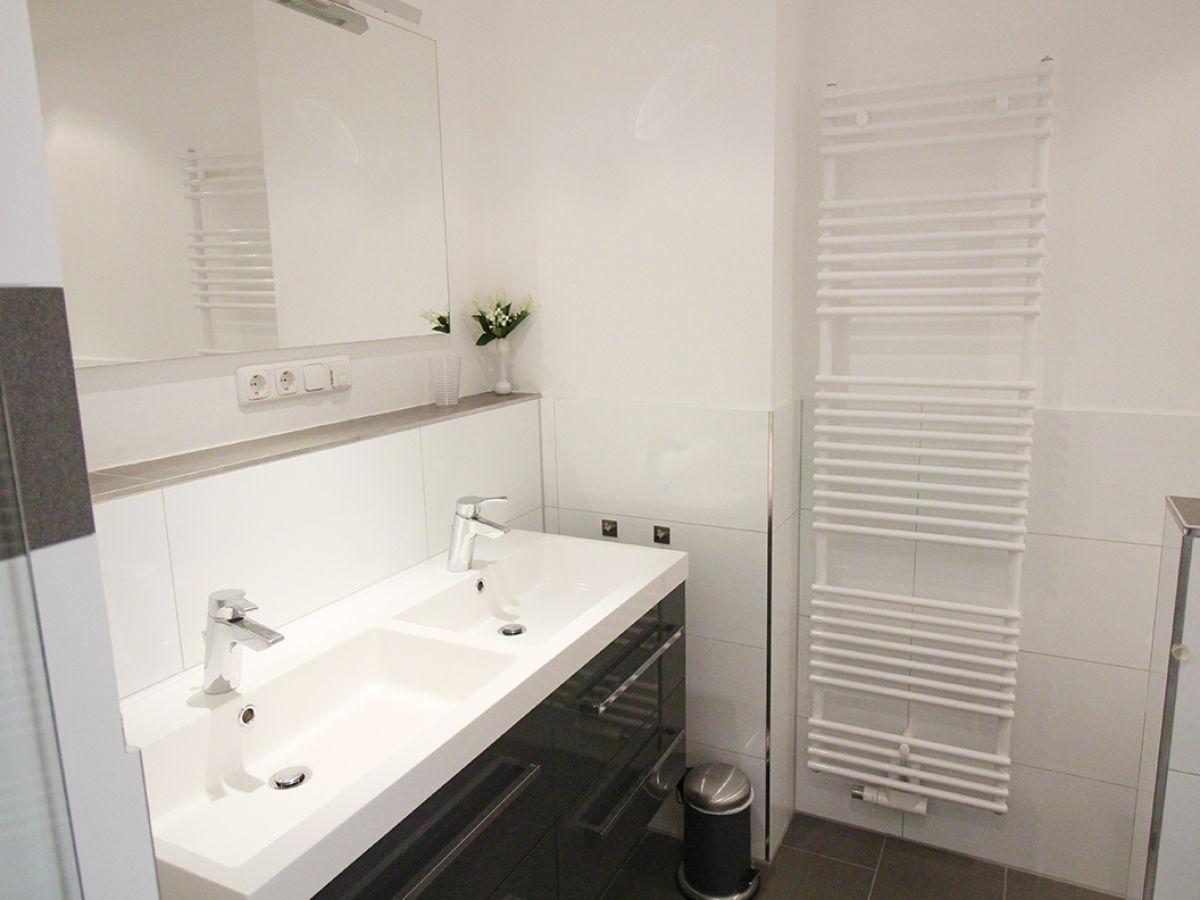 ferienwohnung penthouse meeresrauschen neustadt. Black Bedroom Furniture Sets. Home Design Ideas