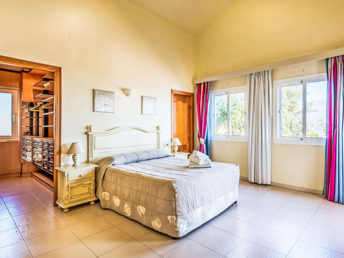ferienhaus nerja 4115 mit pool costa del sol andalusien spanien firma esprit villas. Black Bedroom Furniture Sets. Home Design Ideas