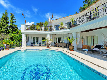 Holiday house Estepona 4111 mit Pool