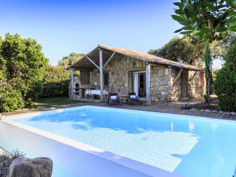 Bergerie charmantes Ferienhaus mit Schwimmbad