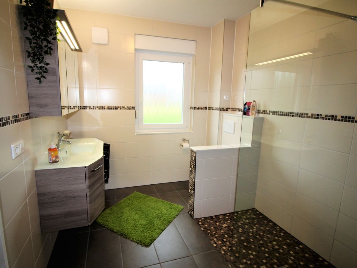 ferienhaus am wasser land wursten herr bodo michalski. Black Bedroom Furniture Sets. Home Design Ideas