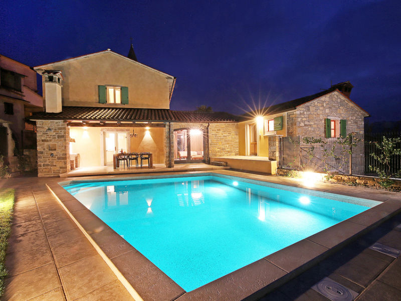 Villa Benvenuti with heated pool