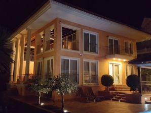 Villa am Conde