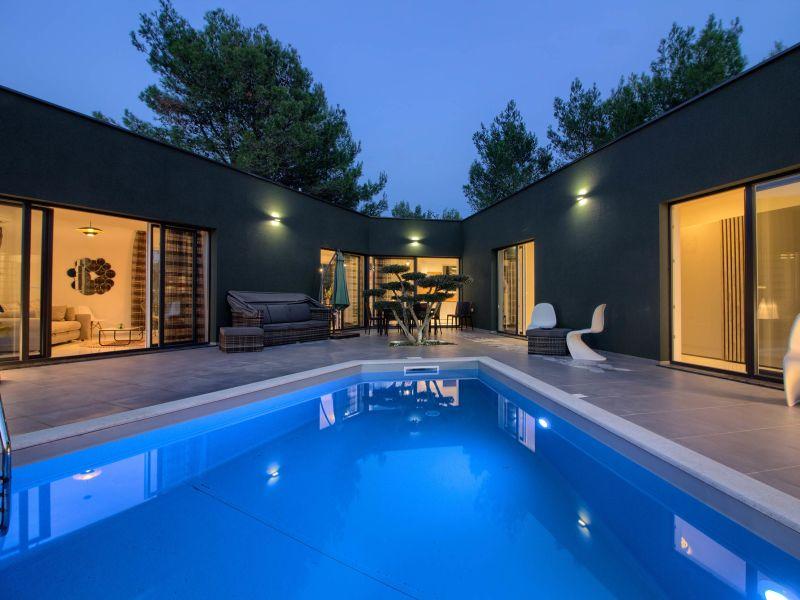 Villa Sandra with private pool, 900m beach