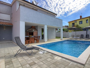 Villa Škatari mit privatem Pool, Strand 3km