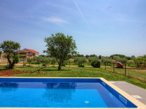 Villa Seve with private pool, 4km beach