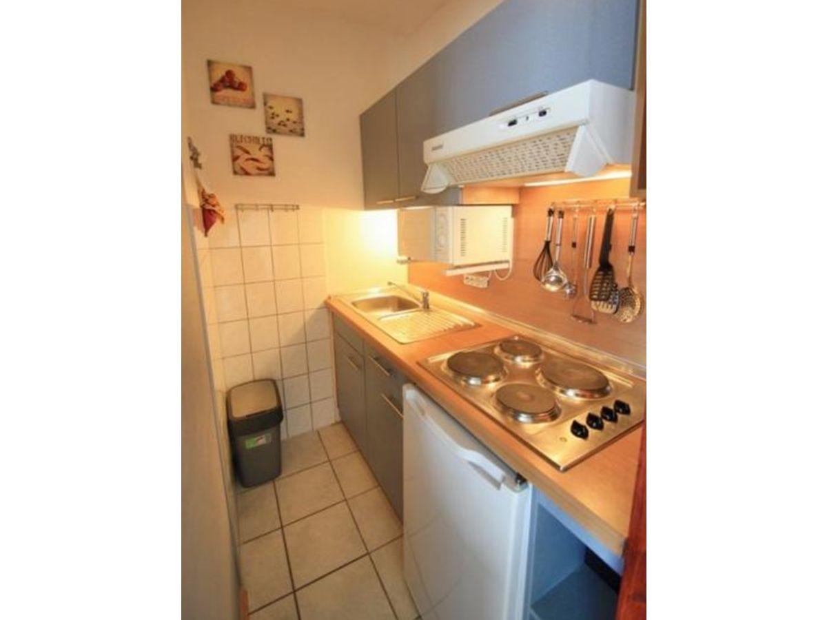 ferienwohnung m02 001 nichtraucher ap ostsee heiligenhafen firma vermietungsb ro. Black Bedroom Furniture Sets. Home Design Ideas