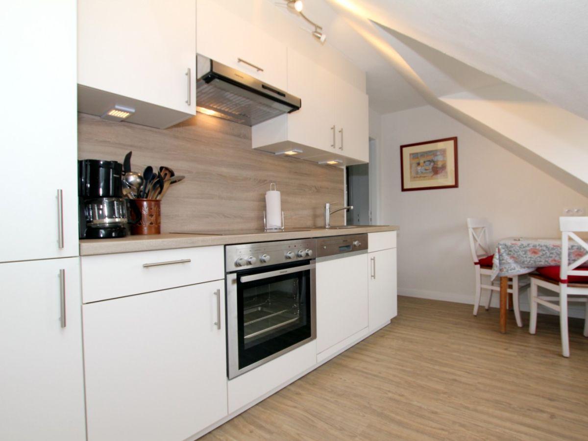 mittelstra e 18 ferienwohnung 1 haus am rosenbeet f hr. Black Bedroom Furniture Sets. Home Design Ideas