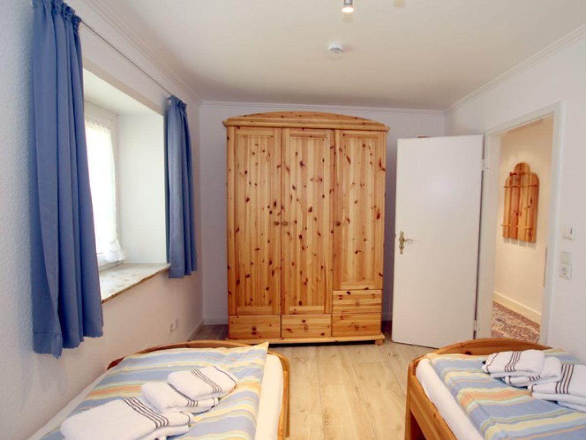 stockmannsweg 6 ferienwohnungen 3 haus olh rn wyk auf f hr firma fr drich ferienwohnungen. Black Bedroom Furniture Sets. Home Design Ideas