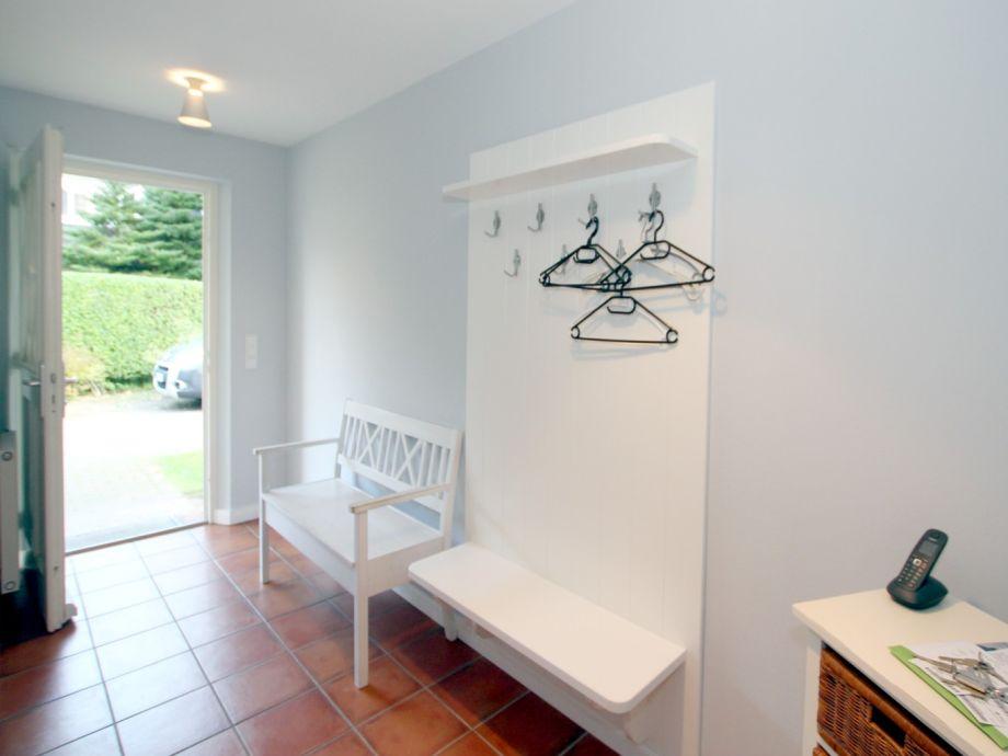 ferienhaus wiesenweg 4a ferienwohnung 2 f hr firma fr drich ferienwohnungen und immobilien. Black Bedroom Furniture Sets. Home Design Ideas