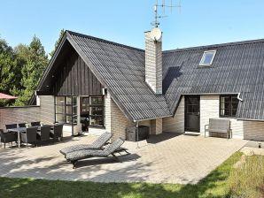 Ferienhaus Henne, Haus-Nr: 09695