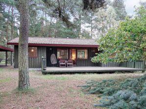 Ferienwohnung Aakirkeby, Haus-Nr: 48590