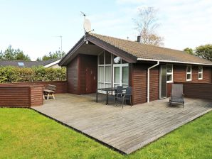 Ferienhaus Hadsund, Haus-Nr: 48759