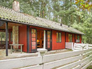 Ferienwohnung Aakirkeby, Haus-Nr: 48591
