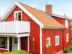 Ferienhaus Rönnäng, Haus-Nr: 44303