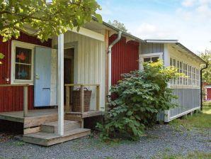 Ferienhaus ANKARSRUM, Haus-Nr: 53697