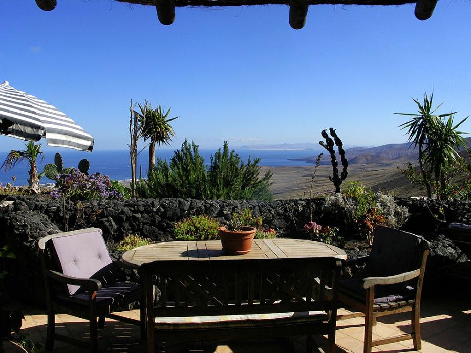 Traumhafter Blick von der Terrasse der Casa Cora