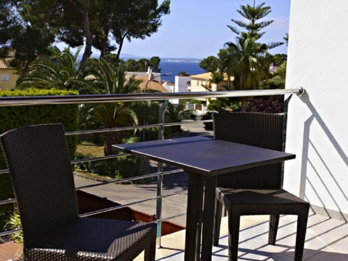 villa alcudia mallorca alcudia firma govilla moderne. Black Bedroom Furniture Sets. Home Design Ideas