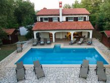 Holiday apartment Villa Kastel