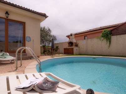 Gaia with private pool, max 6 persons