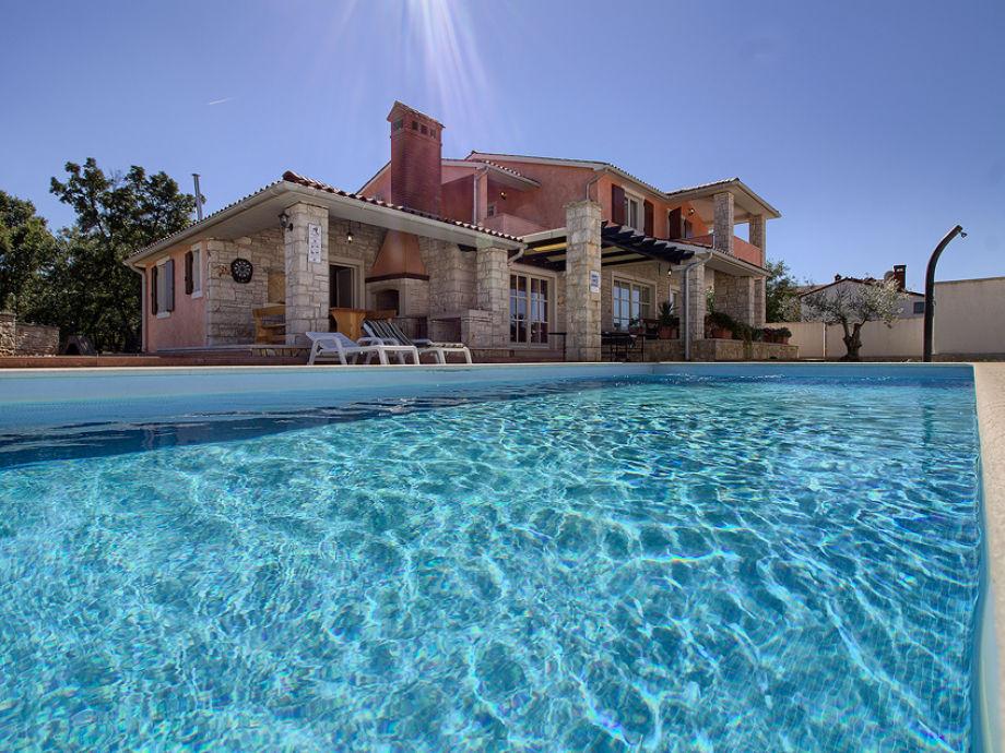 Außenaufnahme Lavanda mit privatem pool, Strand 3km