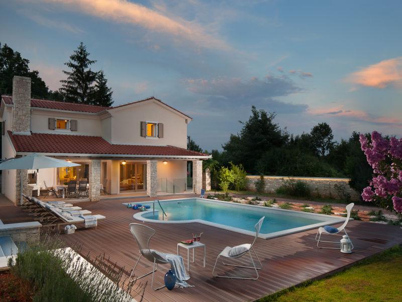 Villa Martin, Luxus mit privatem Pool, Strand 5km