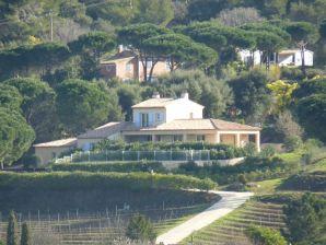 Villa H205