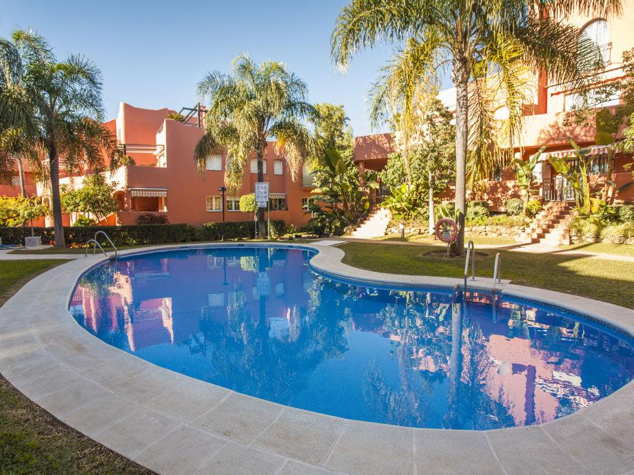 Außenaufnahme Luxuriöses apartment in first line beach complex