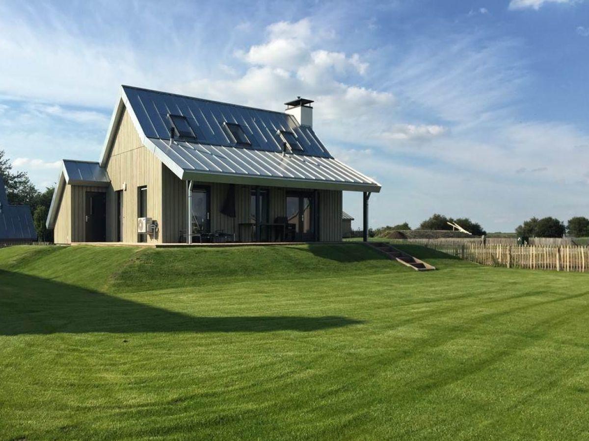 Villa zeelanden sint maartensdijk firma govilla moderne for Villa mieten