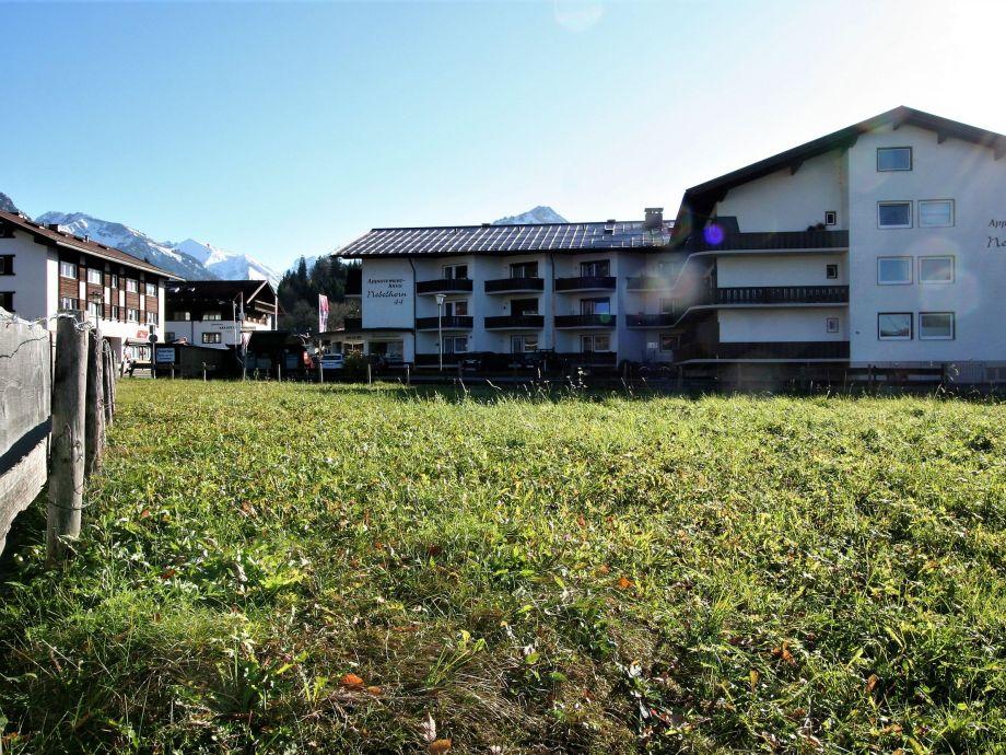 """Außenaufnahme Alpenflair Fereinwohnung 103 """"Nebelhorn Apartmenthaus"""
