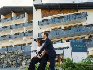 Ferienwohnung Wildgrün Panorama Lodge 8b