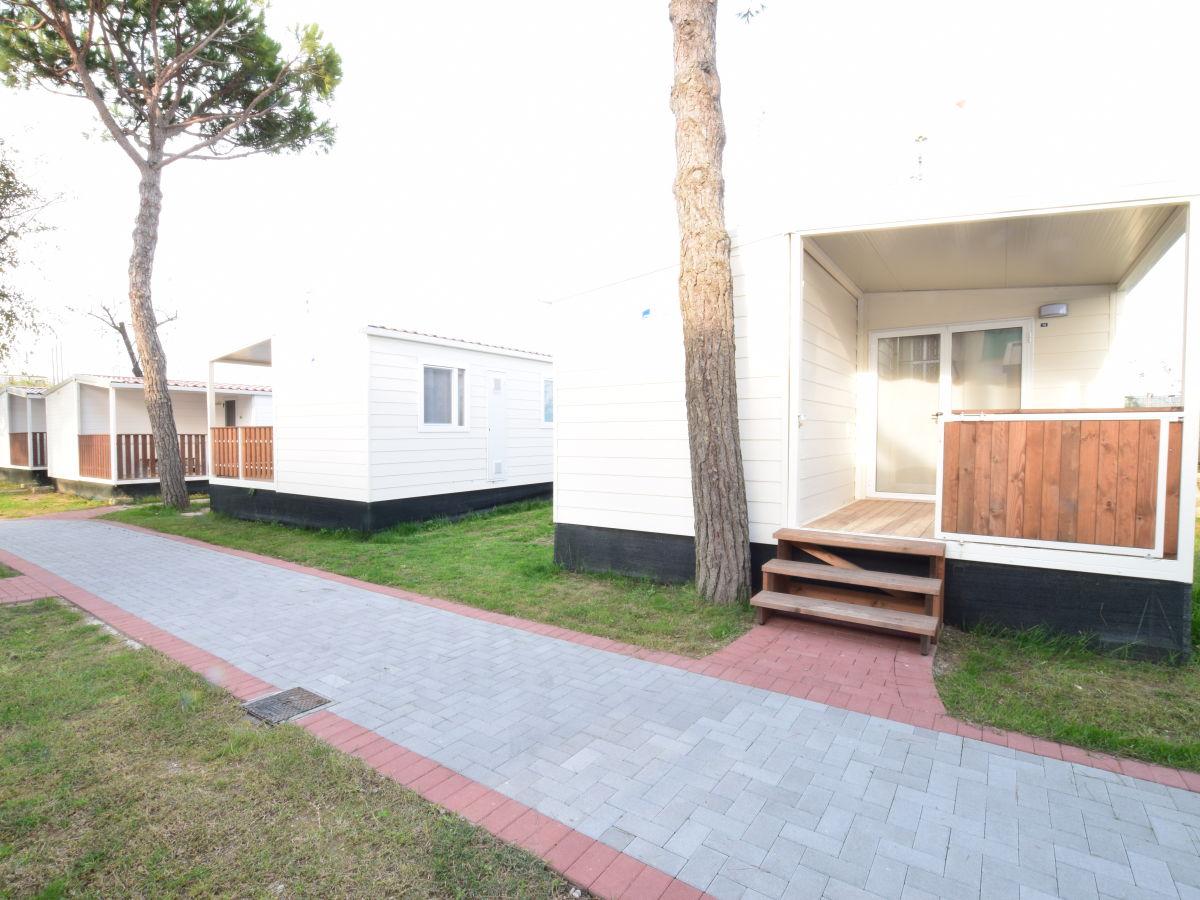 Ferienhaus aurora mobile home cavallino venedig firma for Mobiles ferienhaus