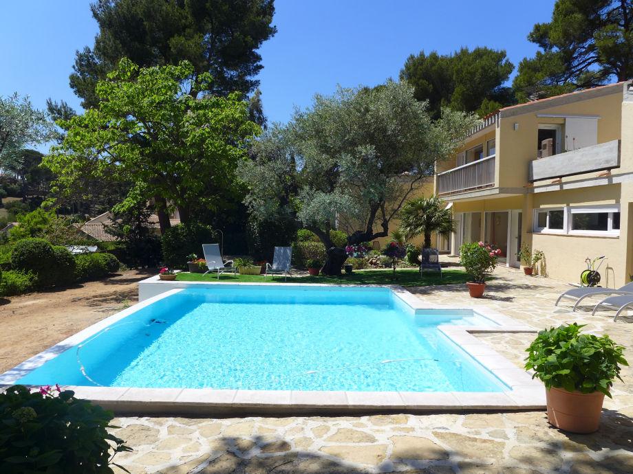 Außenaufnahme 0233 Villa Azur 7P. Sanary-sur-Mer, Var
