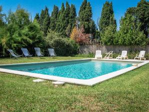 Ferienhaus 0271 Mas Fleuri 11P. Saint-Rémy-de-Provence