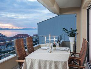 Ferienwohnung Apartment Makarska – DeLux