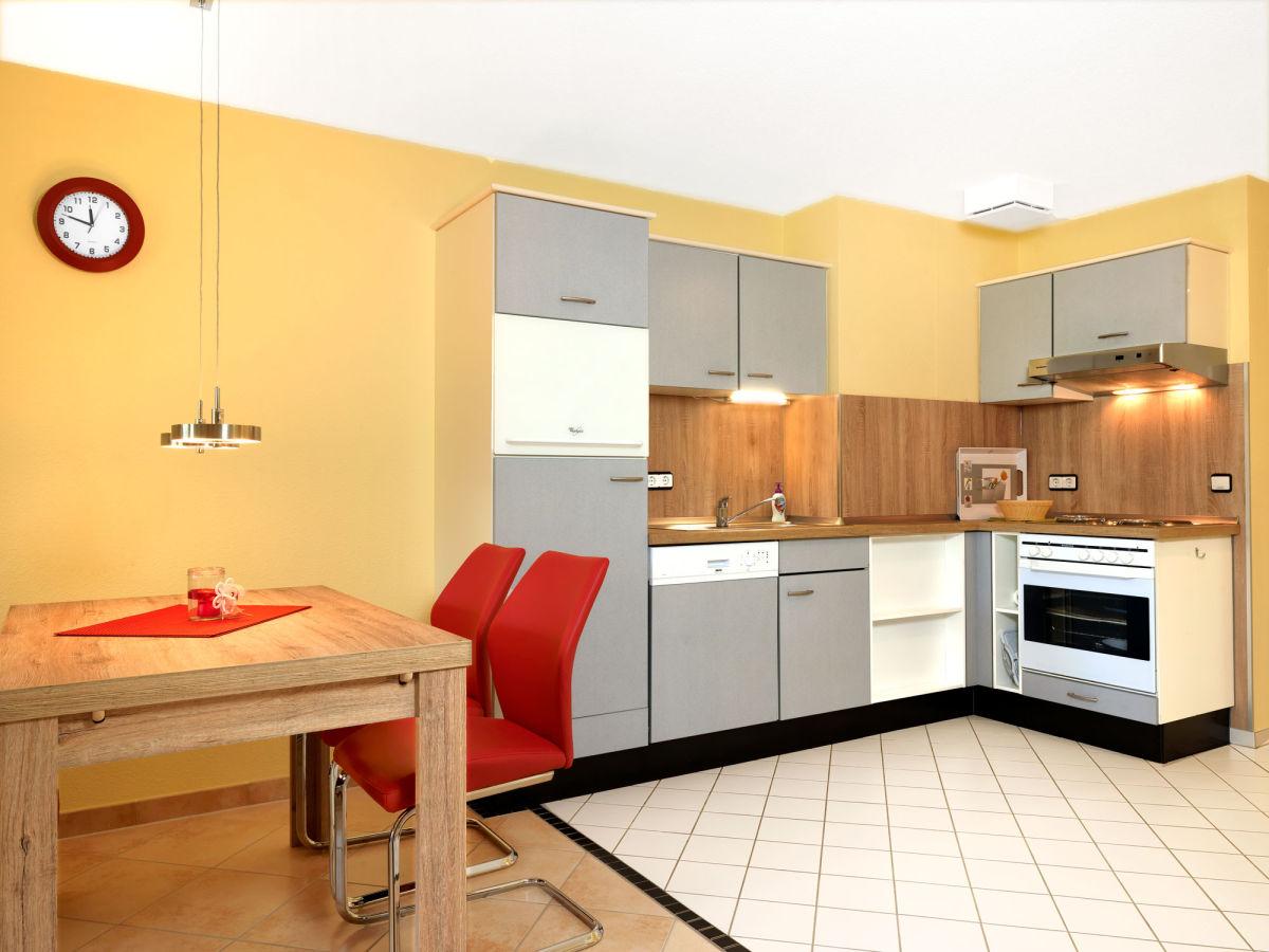 ferienwohnung strandgl ck im landhaus am meer ostsee gollwitz firma poeler appartement. Black Bedroom Furniture Sets. Home Design Ideas