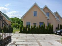 Ferienwohnung Terraced house with 2 bedrooms garden sauna swimming pool