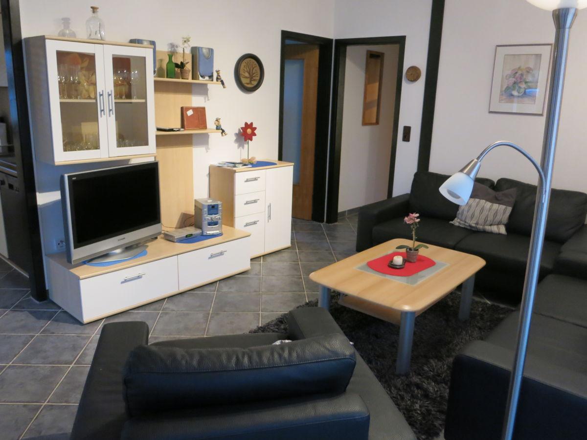 Ferienhaus tenhonsel niedersachsen nordsee herr tenhonsel for Wohnzimmer schrankwand
