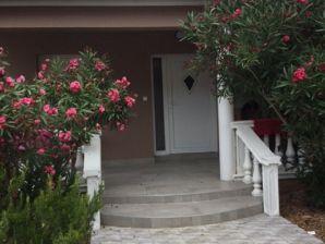 Holiday house Alenka