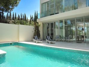 Villa in Santa Ponsa ID 2547